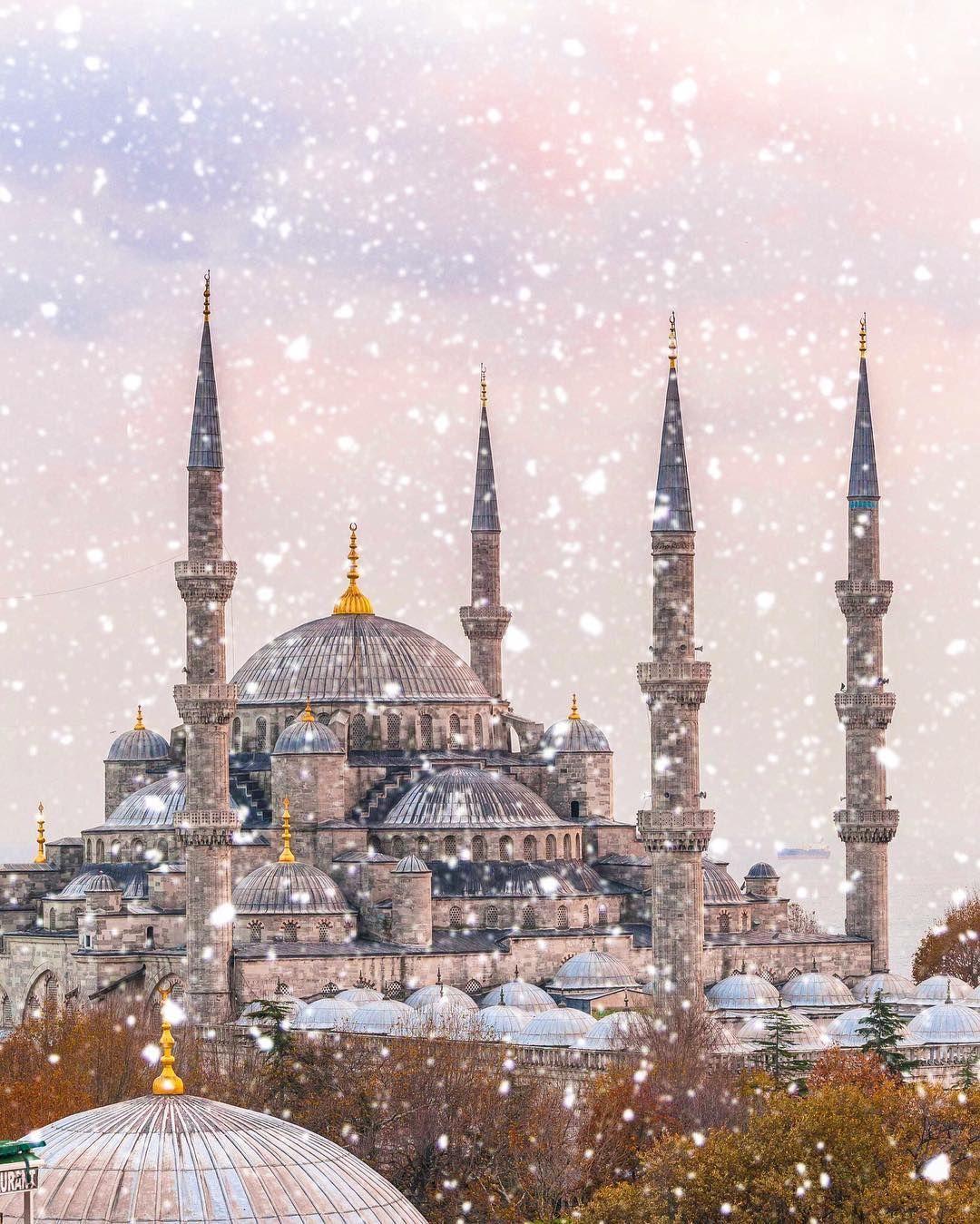 الثلوج في إسطنبول