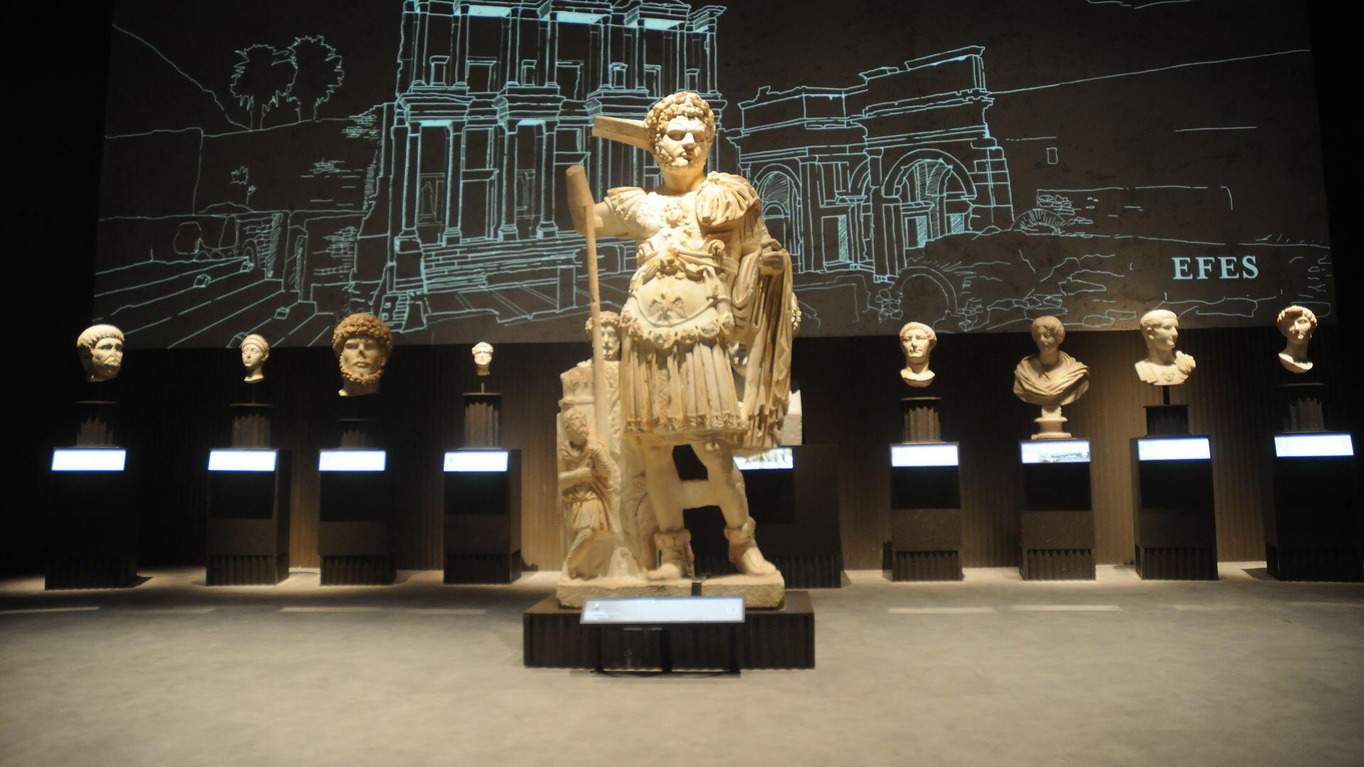 افتتاح متحف في مطار اسطنبول بمعرض