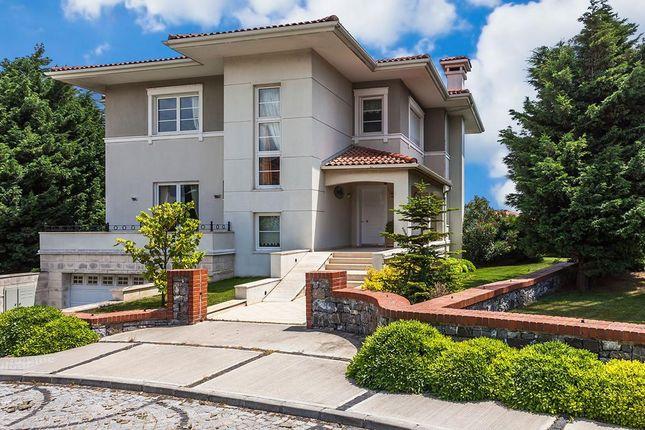 Properties in Beylikduzu with Panoramic Sea: Best Buy Options!